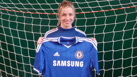 Chelsea Ladies announce the signing of Dutch-born attacking midfielder Jackie Groenen