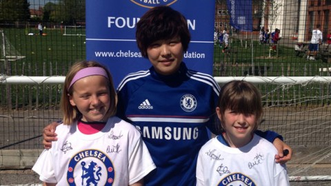 Chelsea Ladies trio Ji So-Yun, Emma Wilhelmsson and Laura Coombs visit Kingston Soccer School
