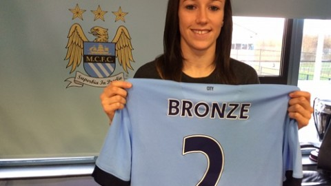 Manchester City sign defender Lucy Bronze from Liverpool Ladies