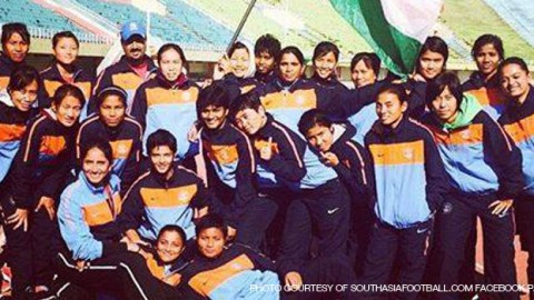 India wins the SAFF Women's Championship 2014