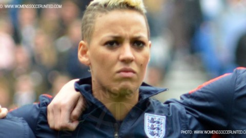 Arsenal Ladies sign England striker Lianne Sanderson