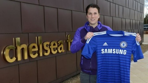 Chelsea Ladies sign Niamh Fahey from Arsenal