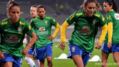 What happened in Brazilian women's soccer in 2014 and what to look forward to in 2015