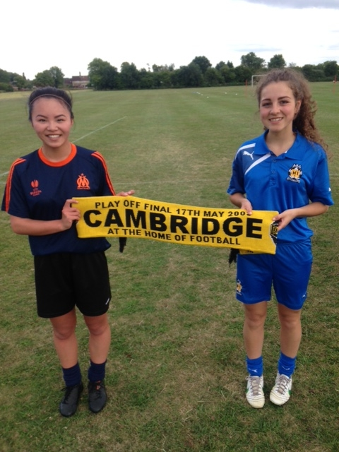 Cambridge United Women announce the signings of young duo Tahnee Perfect and Isabella Simmons