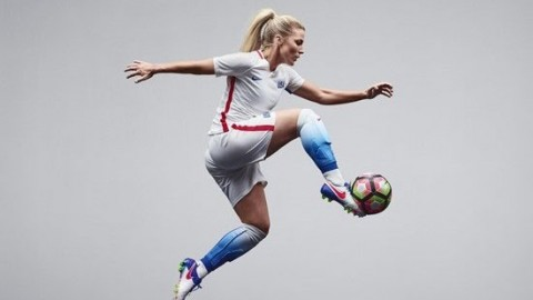 U.S. Soccer Unveils New USWNT Nike Home Kit for 2016 Olympics
