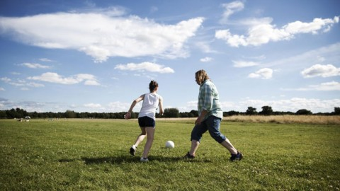 Inspirational Dad and Daughter Story Proves That Football Can Help Overcome Life's Greatest Challenges