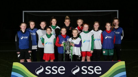 Laura Bassett Surprises Coventry United Girls With Special Coaching Session
