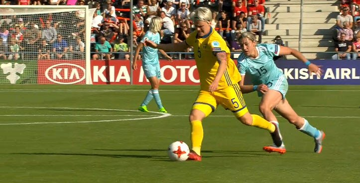 Match report: Sweden ease past Russia