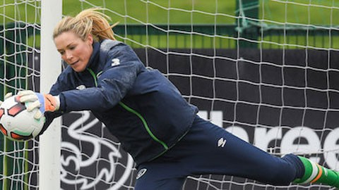 Republic of Ireland goalkeeper Emma Byrne pulls out of squad to face Scotland