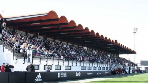 Valencia CF Femenino fails to overcome FC Barcelona Femenino
