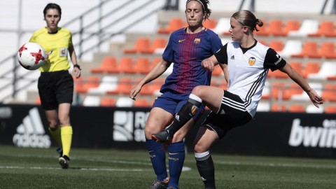 Mandy van den Berg extends contract at Valencia CF until June 30, 2019