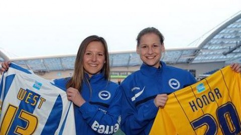 Brighton & Hove Albion women have completed the signings of Hayley West and Lily Honor