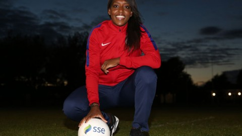 SSE Women's FA Cup Hero Danielle Carter Surprises Luton Town FC Girls