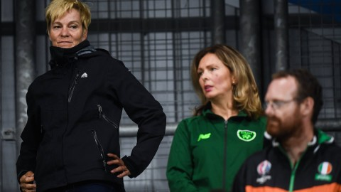 FAI appoint leading Dutch manager Vera Pauw to WNT