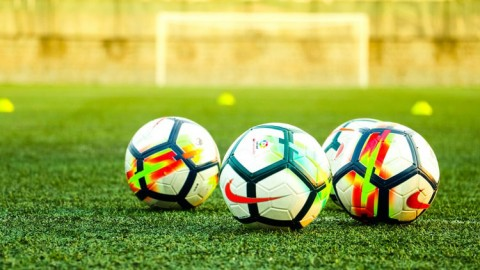Brain Training: How Regular Poker Play Could Help Soccer Stars Succeed
